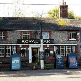 Royal Oak, Charlton, Andover, Hampshire - Mike Cattell