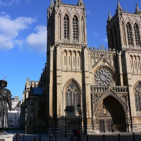Bristol cathedral - heatheronhertravels