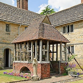 The Well - Sackville College, East Grinstead - Chris. P