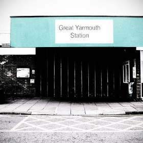 Great Yarmouth Station, Boarded Up - Fugue
