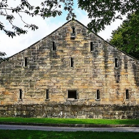 Barn at East Riddlesden Hall, Keighley - Tim Green aka atoach