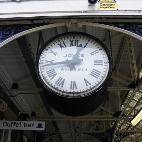 Stalybridge Station Clock - Pimlico Badger