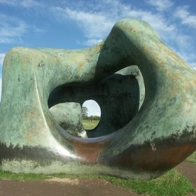 Henry Moore at YSP - polandeze