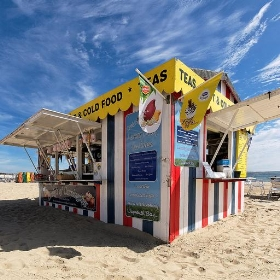 Beach shop, Weymouth - alexbrn