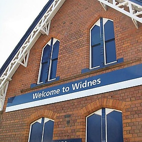 Welcome to Widnes Train Station, Widnes, England - nikoretro