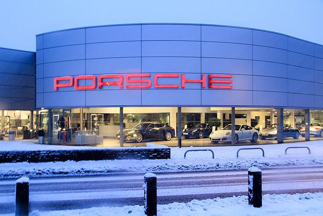 008 - Guildford Porsche dealership