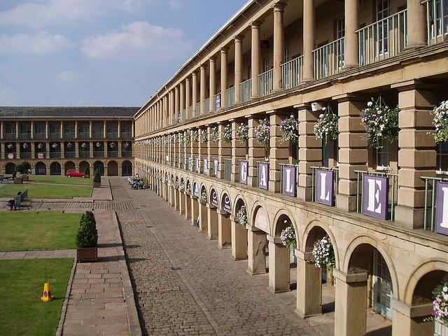 Piece hall - East side