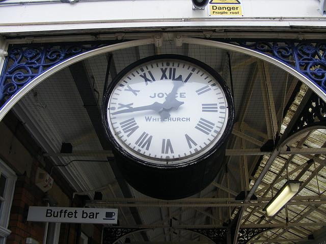 Stalybridge Station Clock