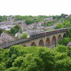 Over Durham's Viaduct - tompagenet