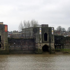 Remains of Newport Castle, South Wales - sisaphus